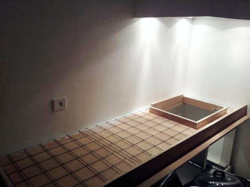 Keuken Afzuigkap Verplaatsen : demonteren, tegels keuken nummer 3 eraf bikken, afzuigkap verplaatsen